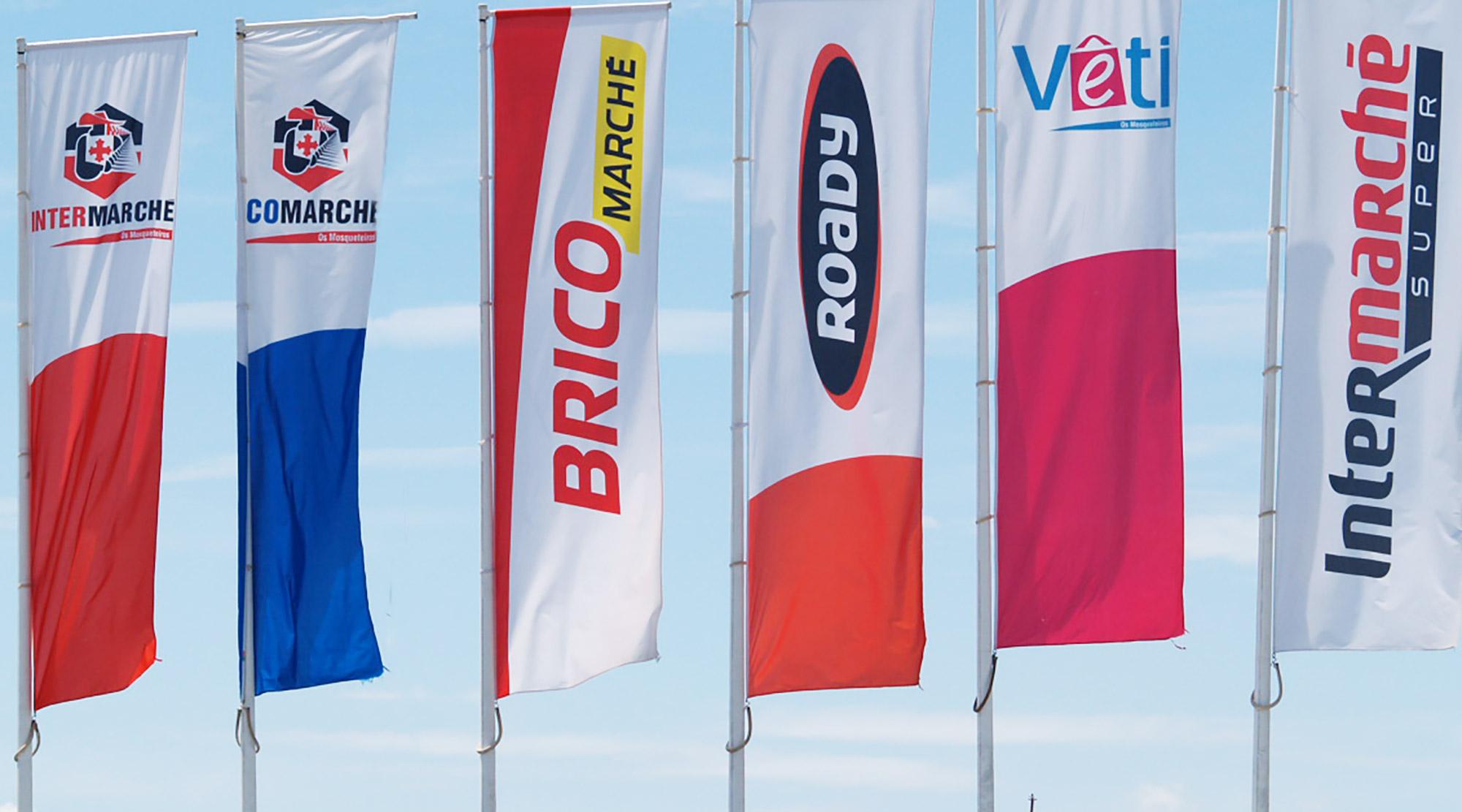 Bandeiras estampadas (impressas) ou bordadas
