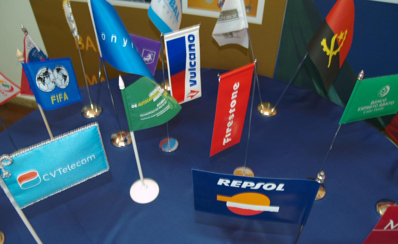 Bandeiras de mesa