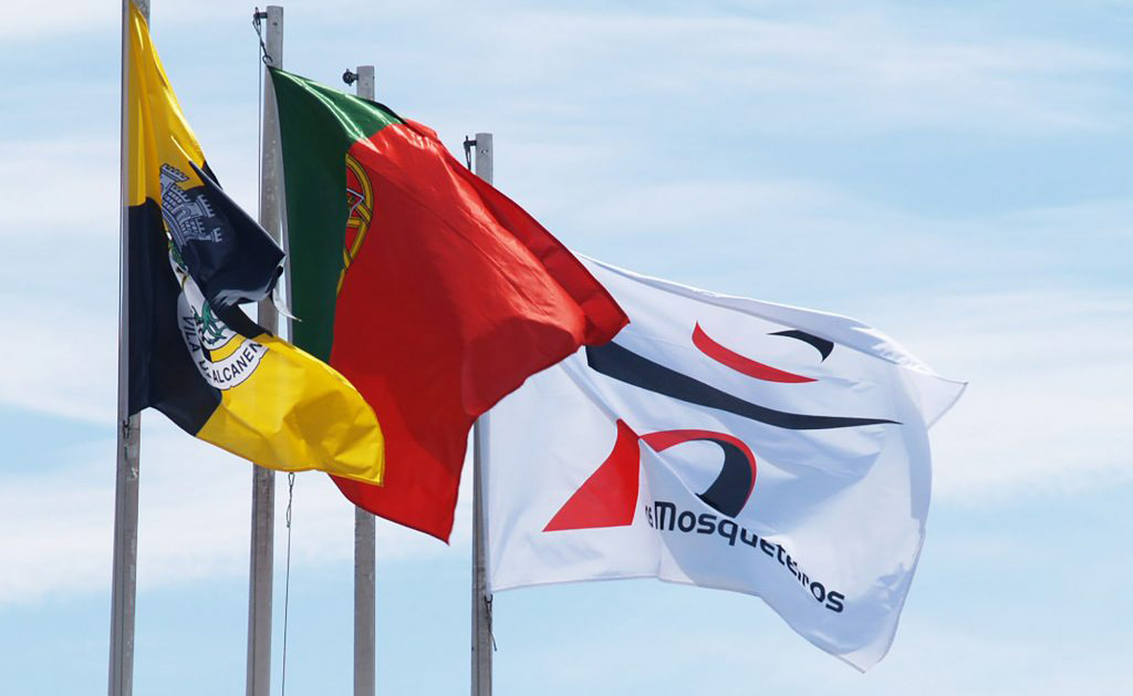 As cores e símbolos da bandeira Portuguesa
